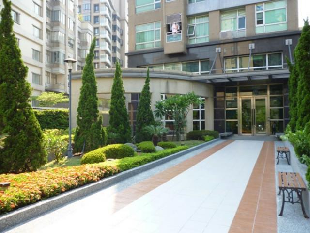 最美最摩登一樓,台北市中山區敬業一路