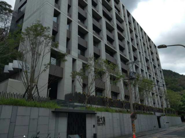 詠大直高樓面山景,台北市內湖區文湖街