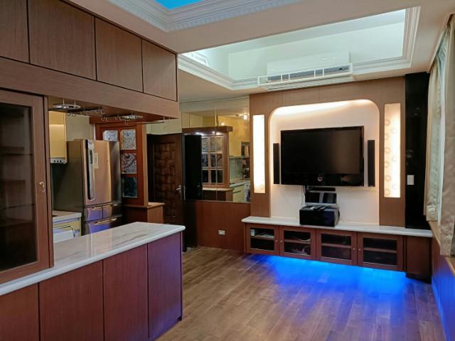 JOJO美妝帶車位,台北市中山區敬業二路