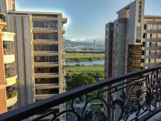 威尼斯高樓,台北市中山區堤頂大道二段
